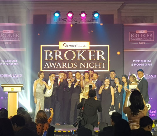 Brokers Awards Night - Property FInds Asia