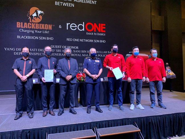 BlackBixon Partners with redONE in Marketing Push